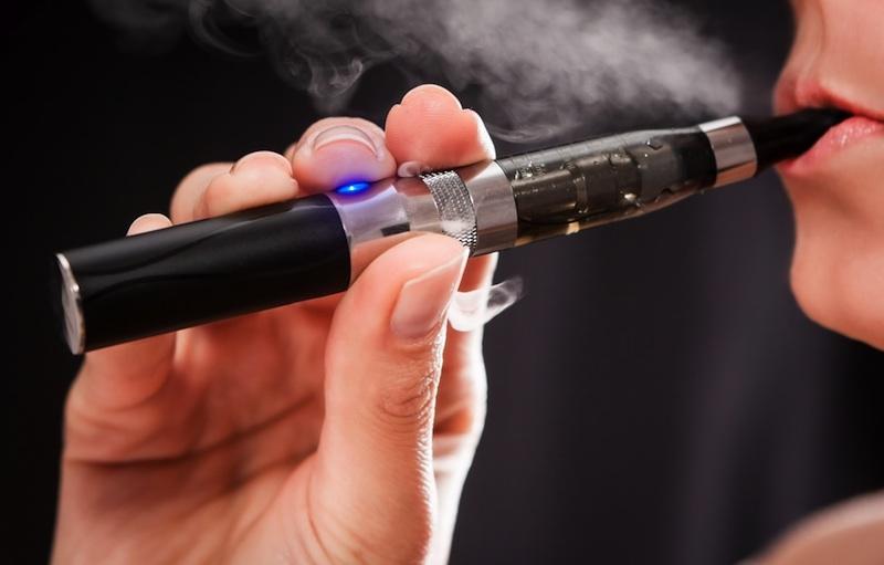 Smoking through a weed vape pen